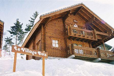 LOCATION - LA JOUE DU LOUP - Les Chalets du Village Bois