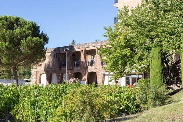 APT - Demi-pension au Village Club Castel Lubéron
